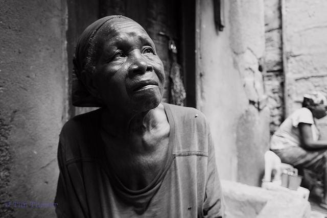 Tanzanian Woman - Tim Theurer